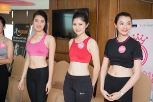 Ngẩn ngơ trước vòng eo con kiến của dàn thí sinh Chung khảo phía Bắc Hoa hậu Việt Nam 2018
