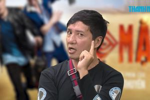 Đạo diễn Lộ mặt 'tố' Vĩnh Thuyên Kim mua chuộc Việt Hương