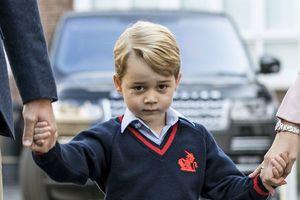 Bị tù chung thân vì kêu gọi tấn công hoàng tử bé của Anh