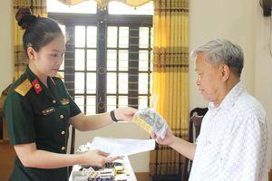 Gần 300 đối tượng chính sách tại Phú Thọ được khám bệnh, cấp thuốc miễn phí