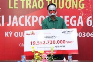 Điểm danh 10 tỉ phú Vietlott đã lộ diện trong 1 tháng World Cup
