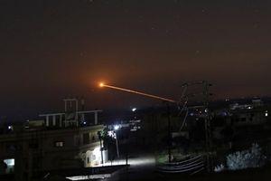 Israel lại tấn công căn cứ quân sự của Syria