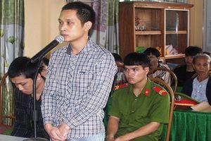 Quảng Trị: 21 năm tù đối với ba đối tượng buôn bán hàng 'trắng'