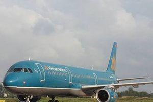 Đường băng sân bay Vinh tạm dừng vì máy bay gặp trục trặc kỹ thuật