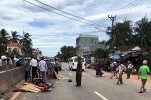 Ô tô va chạm với xe máy, 2 người tử vong