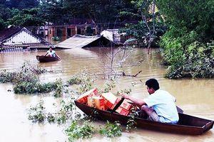 Không được trao tặng thực phẩm hỏng, hết hạn sử dụng cho bà con vùng lũ lụt