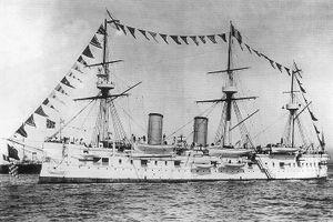 Phát hiện xác tàu tuần dương Nga bị đánh chìm ở Biển Nhật Bản