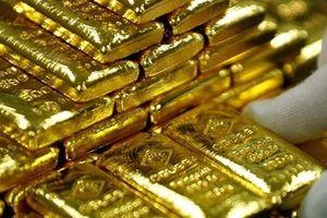 Giá vàng ngày 18.7: Giảm sốc, nhà đầu tư bán tống bán tháo chốt lời