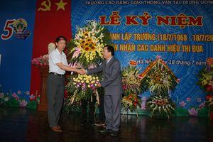 Cao đẳng GTVT Trung ương I đón nhận Bằng khen của Thủ tướng