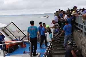 2.000 du khách rời đảo Cô Tô, 5.000 tàu ở Quảng Ninh về nơi tránh bão