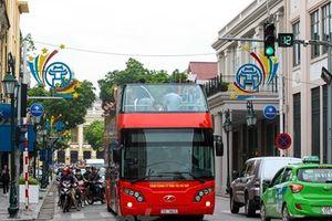 Tuyến buýt 2 tầng mui trần: Thêm loại vé rẻ, chạy vào ban đêm