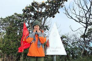Trekking đỉnh Putaleng để được đắm chìm sự huyền bí của núi rừng Lai Châu
