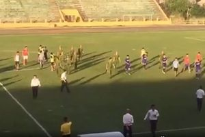 Thể thao 24h: Cầu thủ Bà Rịa - Vũng Tàu đuổi đánh trọng tài