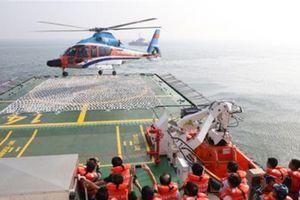 Nghiệm thu sàn đỗ trực thăng tối tân trên tàu CSB 8001
