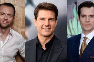Tom Cruise và Henry Cavill tham gia xé bảng tên ở Running Man