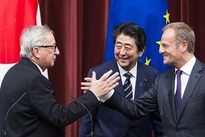 Ông Trump đang đẩy châu Âu vào vòng tay châu Á
