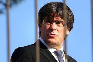 Vì sao Madrid rút lệnh truy nã quốc tế với cựu Thủ hiến Catalonia?