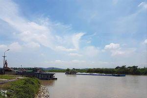 Cảng chồng cảng, uy hiếp an toàn đường sông