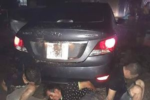 Đi ô tô lấy trộm xe máy đúng nhà trưởng Công an xã, 3 tên gian bị tóm gọn