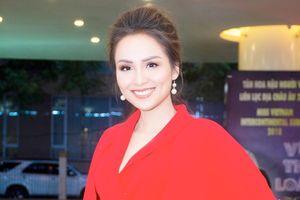 Hoa hậu Diễm Hương: 'Tôi đã qua thời xem trọng vật chất hào nhoáng'