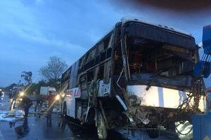 Xe khách giường nằm Hoàng Long gặp nạn, 2 người chết, 8 người bị thương