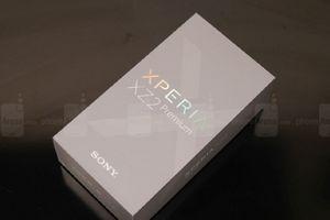 Video mở hộp Sony Xperia XZ2 Premium
