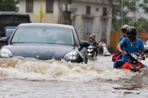 Cẩm nang lái xe an toàn mùa mưa bão