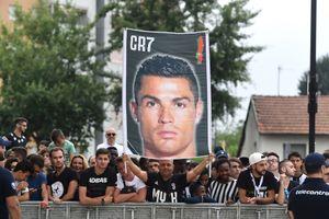CLB Juventus thu được bao nhiêu từ tiền bán áo đấu Ronaldo?