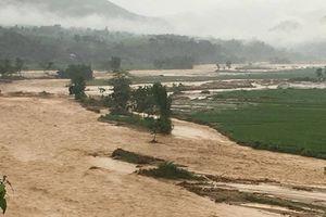 Yên Bái: Phó bí thư xã tử vong khi cứu một em bé giữa dòng nước lũ