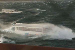 Một gia đình có 9 người thiệt mạng trong vụ lật thuyền du lịch tại Mỹ