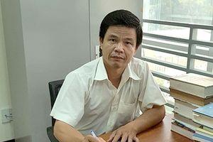 'Một mình ông Lương không thể sửa hết 330 bài thi'