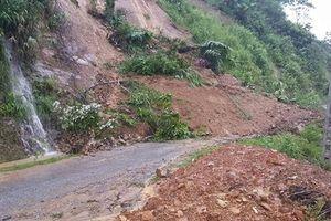 Đà Bắc: 1 người chết, nhiều xã đang bị cô lập do mưa lũ