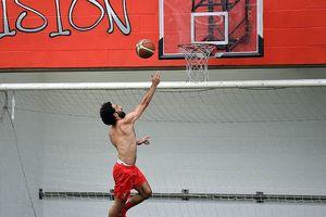 Salah, Mane 'khoe body' trong ngày trở lại Liverpool
