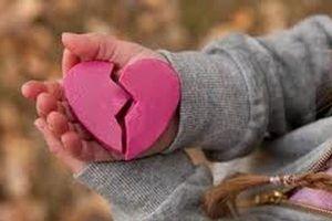 Chuyện tình cảm tuân theo những điều lệ rất mực đơn giản