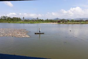 Người lái đò cuối cùng trên bến sông quê