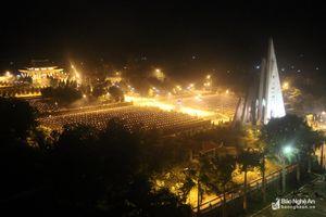 700 đoàn viên thanh niên thắp nến tri ân các anh hùng liệt sỹ