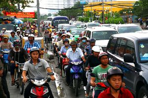 Người lao động mong 'giao thông thuận lợi'