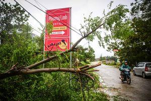 VNPT tích cực khắc phục hậu quả bão Sơn Tinh