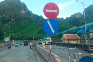 Quảng Ninh: Thông xe QL18A sau 2 ngày tắc nghẽn vì ngập lụt