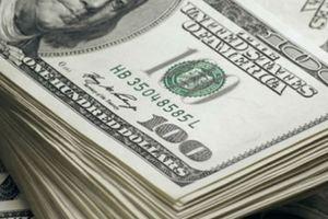 Ngân hàng bất ngờ tăng 'sốc' giá mua bán USD