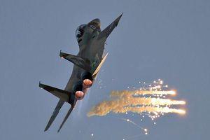 Israel tấn công tên lửa vào các vị trí quân sự ở trung tâm Syria
