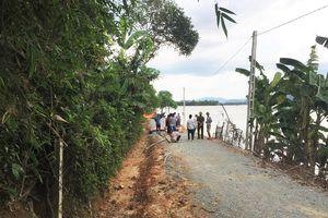 Băng qua ruộng, bé trai 14 tuổi ở Nghệ An bị lũ cuốn trôi