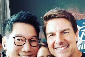 Sao Running Man hí hửng khi được chụp ảnh cùng Tom Cruise