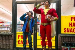 Warner Bros 'đại náo' Comic Con bằng 4 trailer phim bom tấn