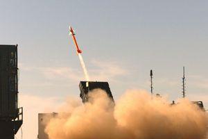 Tưởng bị tấn công, Israel phóng tên lửa triệu đô đánh chặn tên lửa đạn đạo Syria