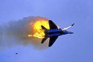 Israel bắn rơi máy bay chiến đấu của Syria