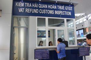 Hoàn thuế cho người nước ngoài: Vướng từ doanh nghiệp bán hàng hoàn thuế