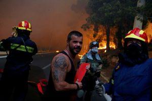 Cháy rừng nghiêm trọng tại thủ đô Athens (Hy Lạp) khiến 20 người thiệt mạng