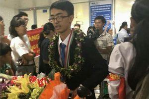 Hân hoan chào đón học sinh đạt giải kỳ thi Quốc tế