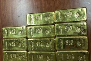 Phát hiện 11 kg vàng gửi từ TP.HCM về Đà Nẵng